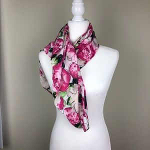 Reed floral scarf